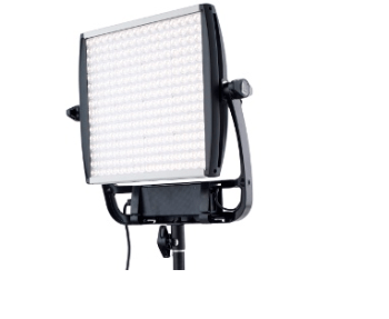 Litepanels-Bringing-ASTRA-1x1-EP-and-1x1-E-Series-Lights-to-NAB-2015