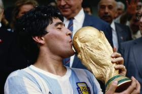 Cuatro imperdibles documentales sobre Maradona