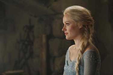 """Georgina Haig como Elsa em """"Once Upon a Time"""""""