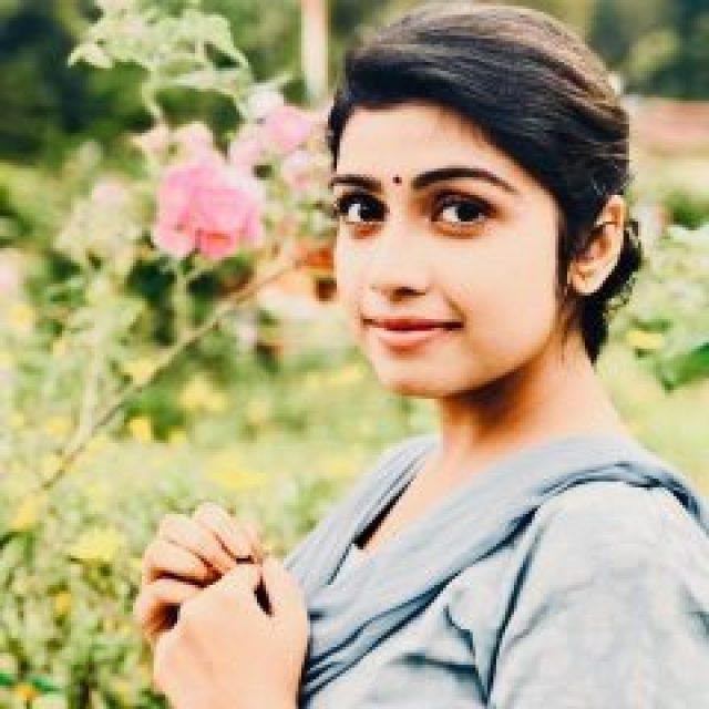 Simple Manasa Radhakrishnan
