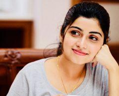 Cute Manasa Radhakrishnan