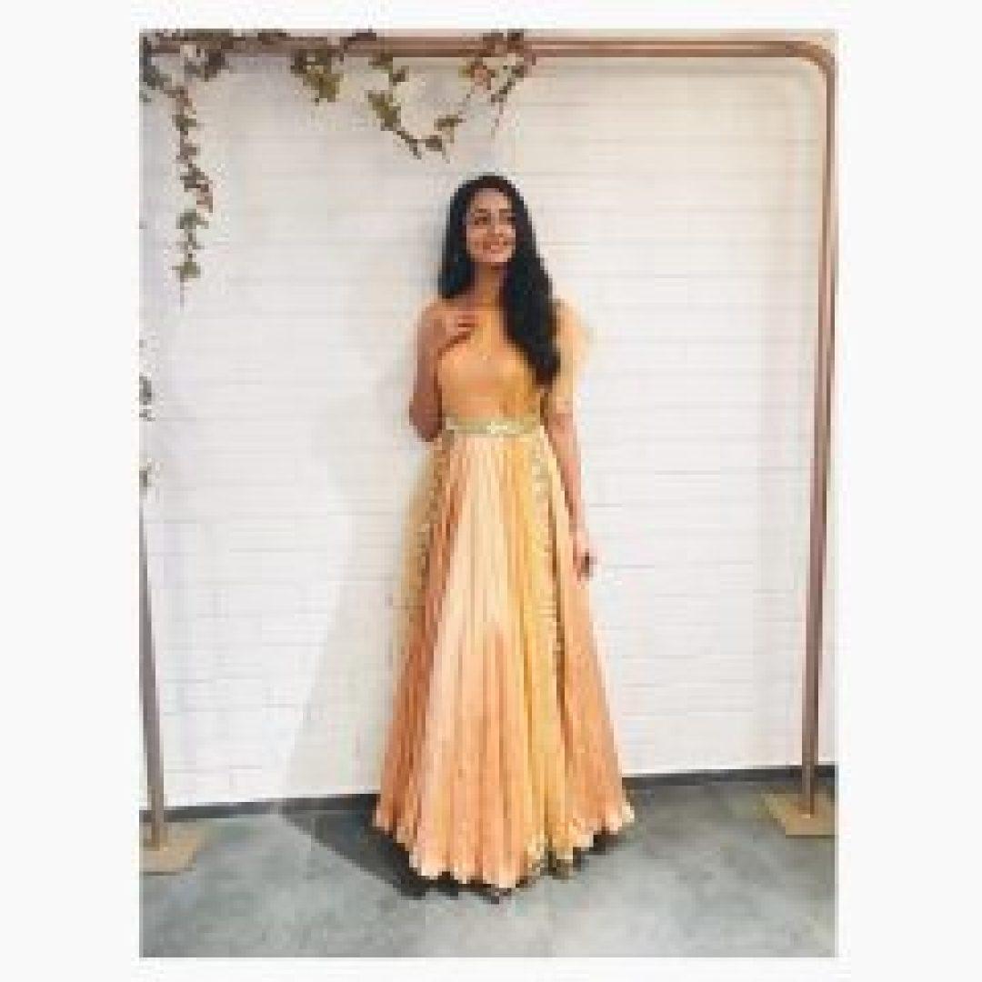 Shanvi Srivastava Full View