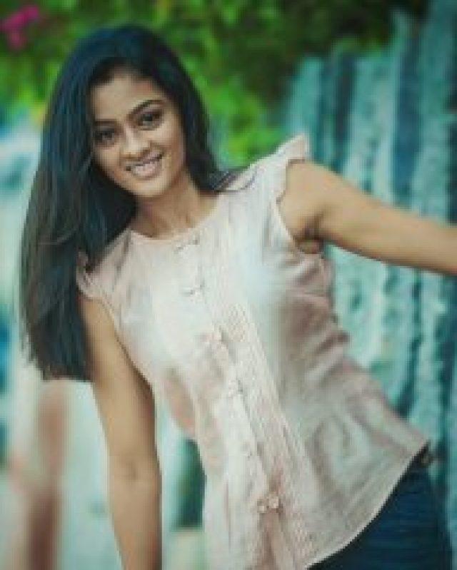 Nice Look of Gayathri Shankar