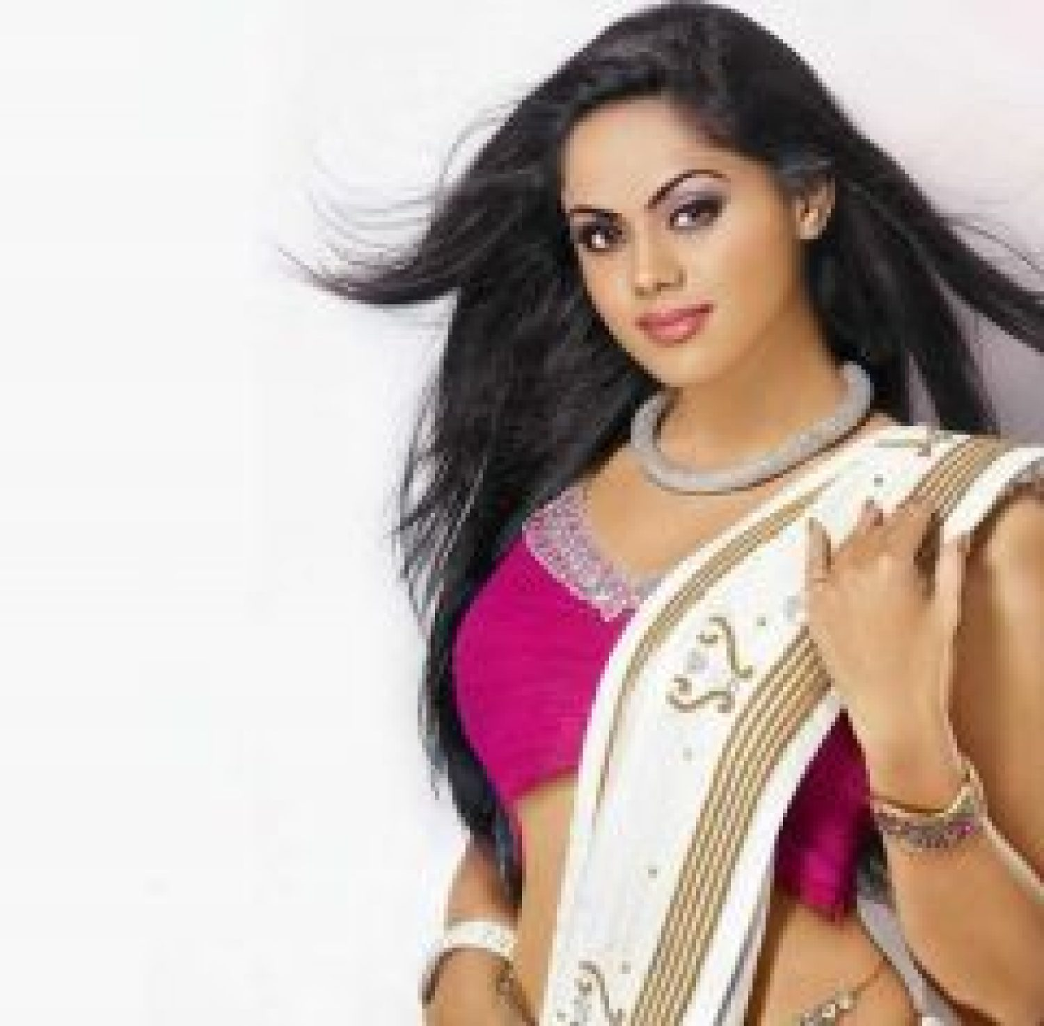 Karthika Nair biography