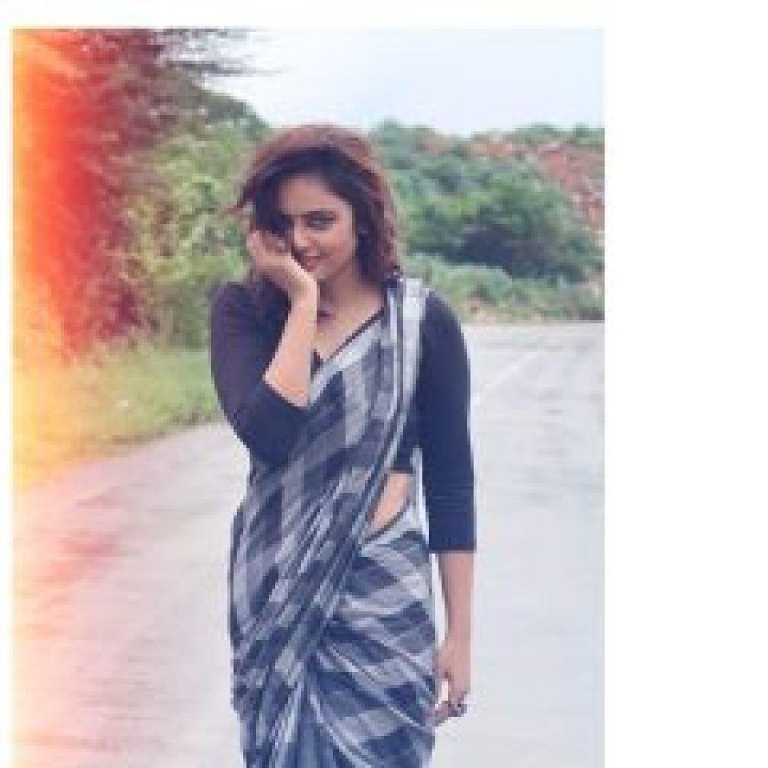 nandita swethaa black blouse