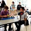 Nuevo récord mundial armando el cubo Rubik