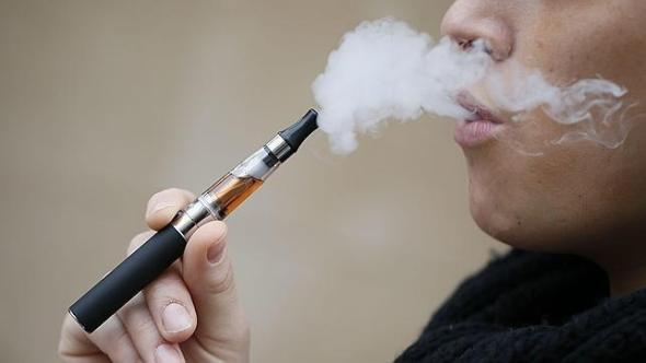 El cigarro electrónico es menos dañino
