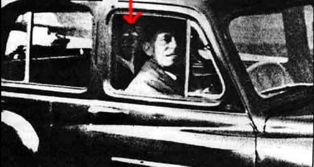 Fantasma de la madre en el carro