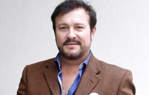 Arturo Peniche en La Usurpadora