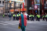 Hip shot of a lady in an Indian sari posing in front of the Chinatown gate. That's world peace waiting to happen, right there.