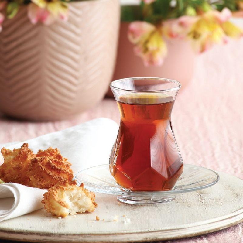 Çay bardakları