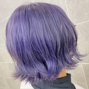 ラベンダーブルーのヘアカラースタイル