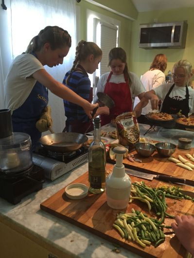 Delectable Dinners Kellyn Team Cooking