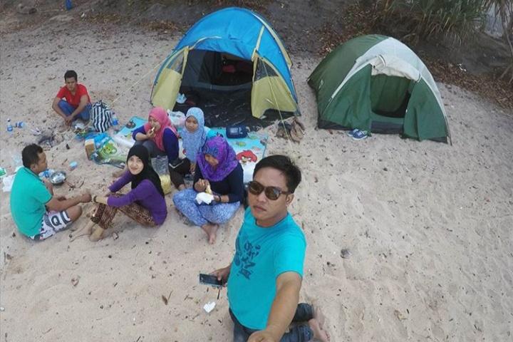 camping di pantai ngitun gunung kidul