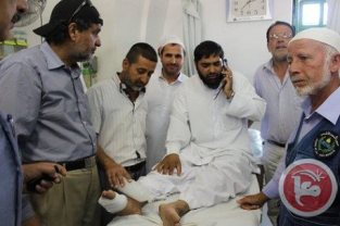 al-Aqsa - man who was shot in foot by occupation soldiers. Ma'an