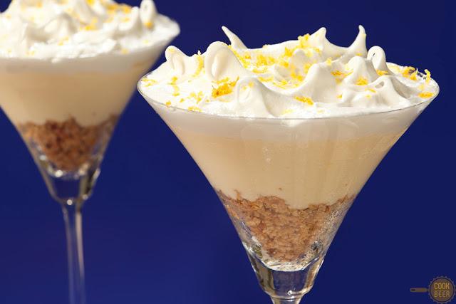 Receita de sobremesa gelada: torta de limão siciliano em taças. Foto: Paula Brito.