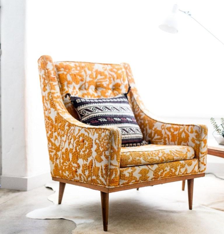 Poltrona decorativa para sala de estar: decoração com aliada com conforto