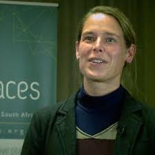 Dr. Tina Silbernagl