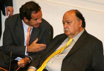 Senador Fernando Flores, junto a Andrés Allamand