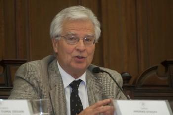Andras Uthoff, economista del comando de Guillier