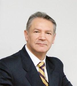 Carlos Muñoz Valle, contador de Warner y jefe de Finanzas de la Subsecretaría de las FF.AA.