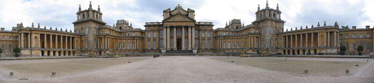 Vanbrugh. Blenheim Palace. Fachada principal.