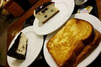 Blueberry cheesecake, Oreo chessecake và Toast siêu ngon ở Starbucks, Nepo Court