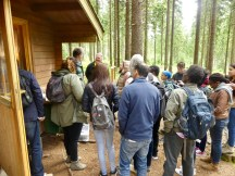 Dr. Andreae and the local sampling expert explain the motivation and framework for the forest condition monitoring scheme, and also shed light on the sampling procedure and results.