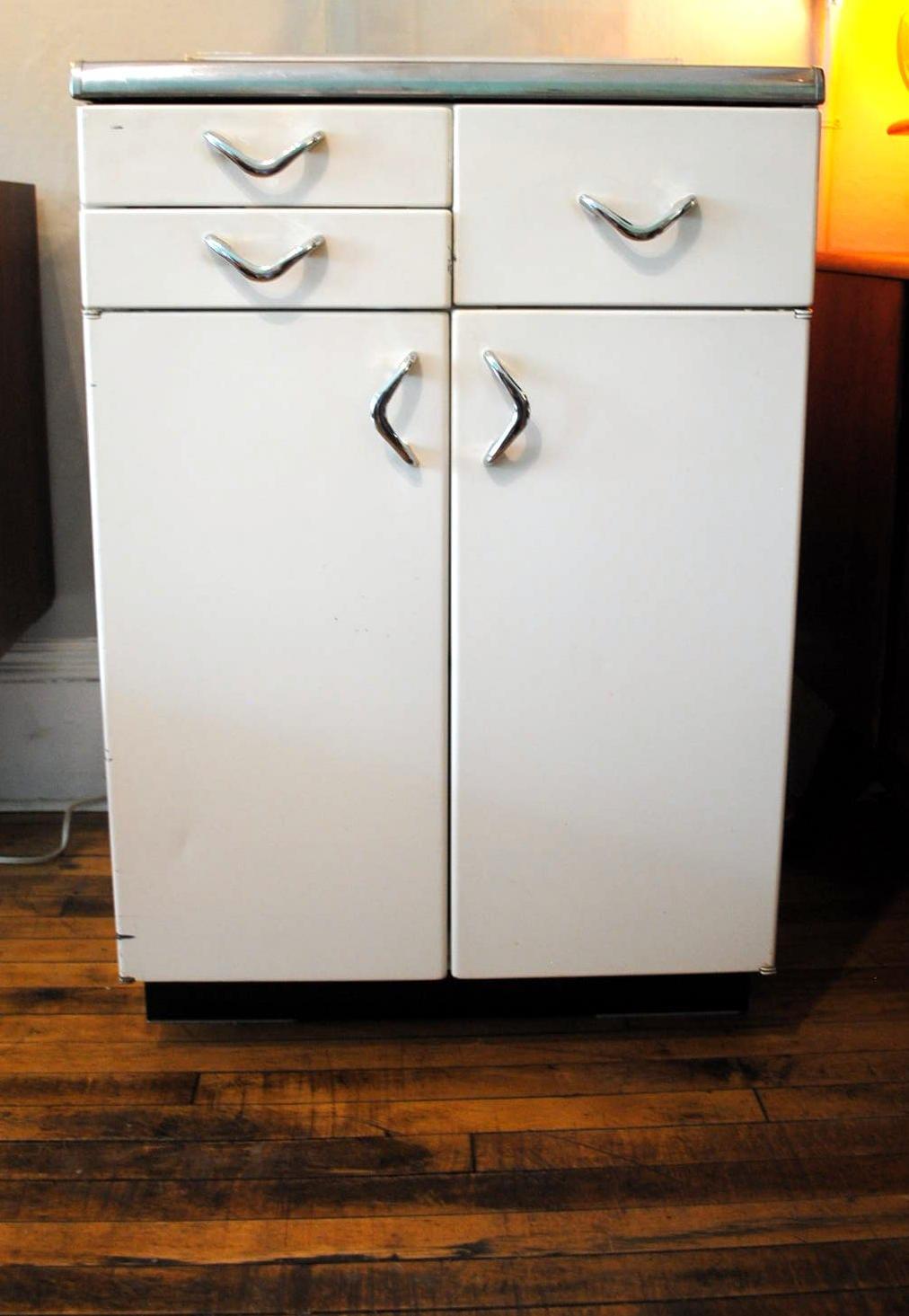1950\'s Retro Kitchen Cabinet | Circa