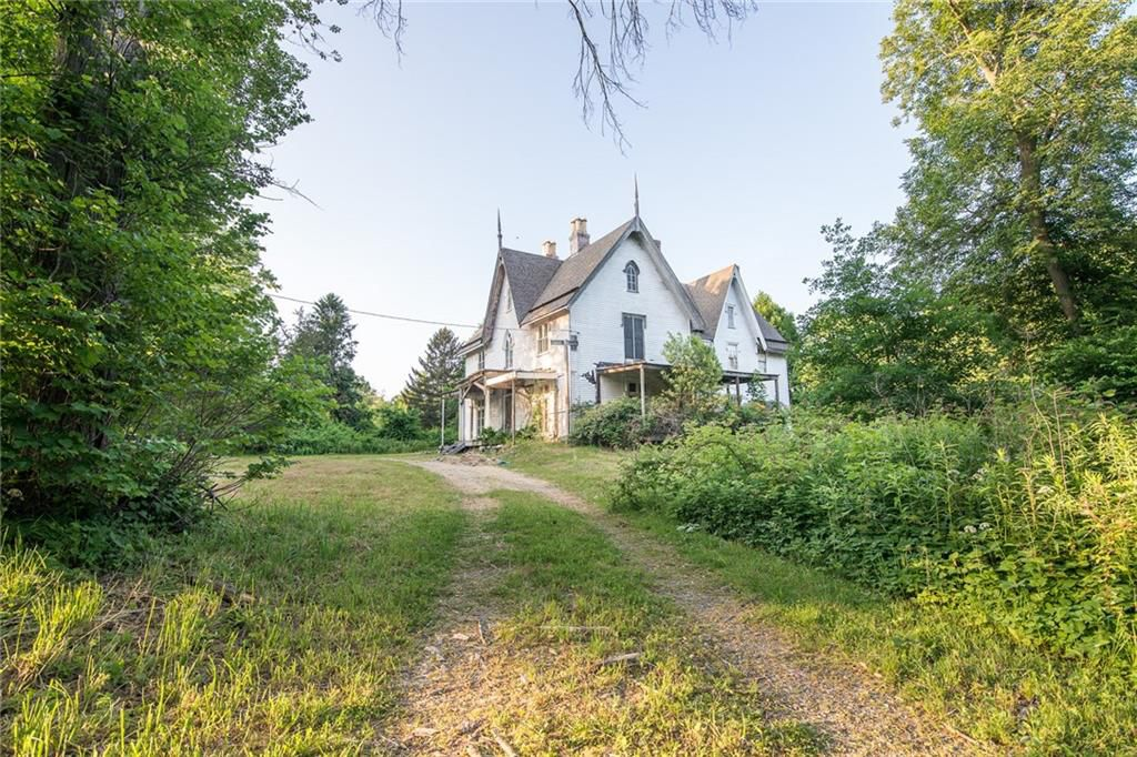 1848 Gothic Revival Fixer Upper For Sale In Rhode Island
