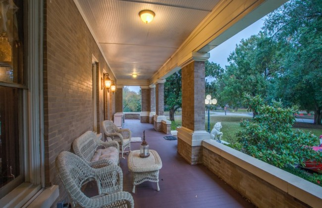 1897 Neoclassical For Sale In Terrell Texas