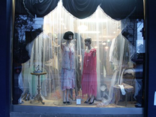 Window - flappers.