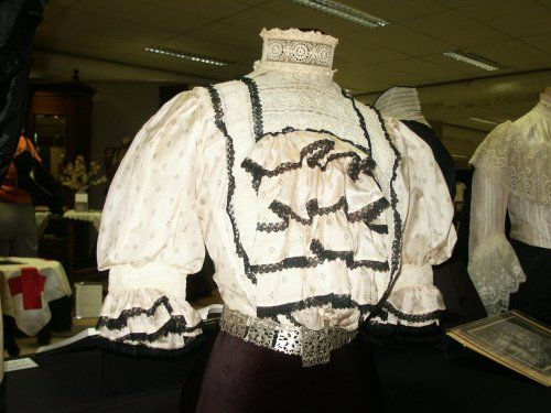 1890s blouse