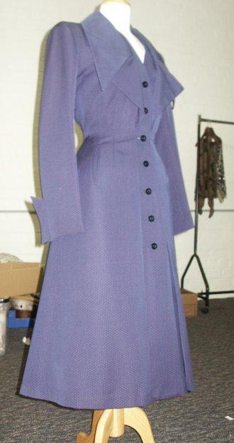 40s Lynn's blue coat