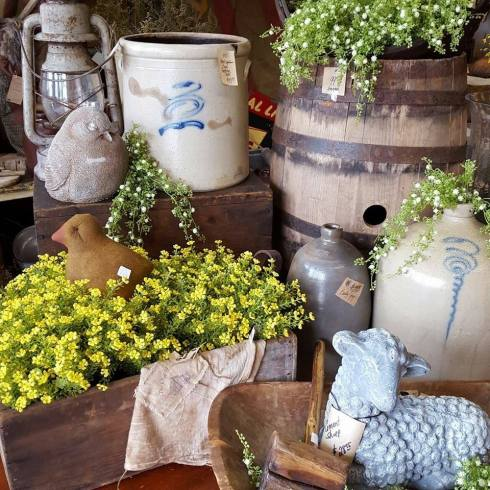 Dad's primitive workbench, marietta, Ohio, Marietta Ohio, antiques, antiquing