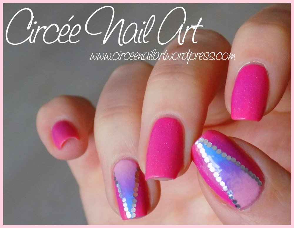 Nail art triangle galactique (4/6)