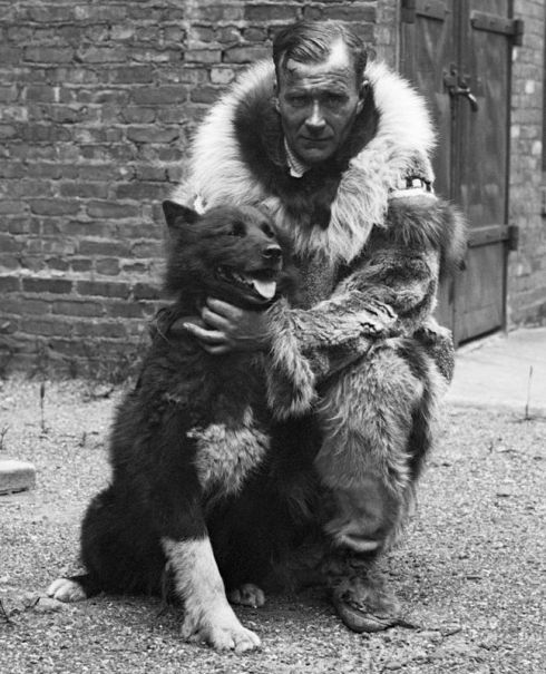 Gunnar_Kaasen_with_Balto.jpg