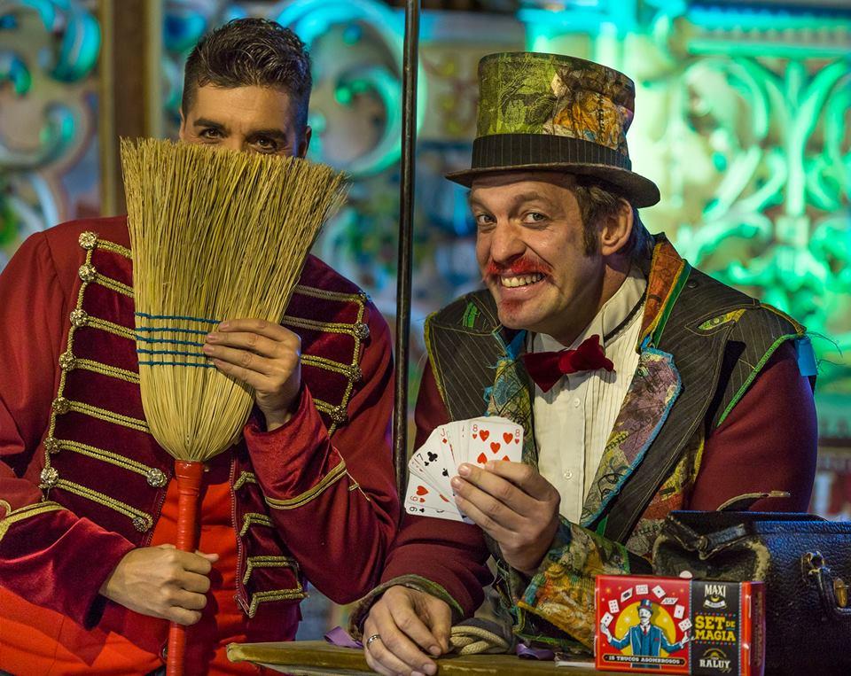 Sandro y el Mago Maxi en el Circo Raluy