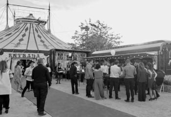Personas en un evento del Circo Raluy