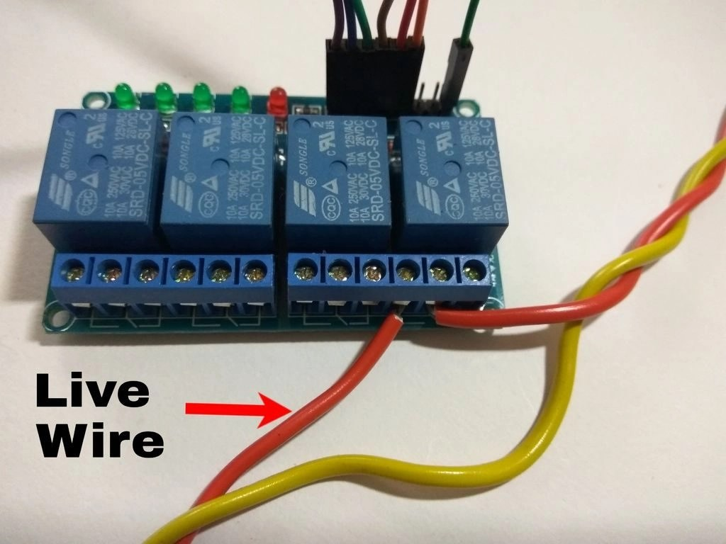 Using RemoteMe operate relays
