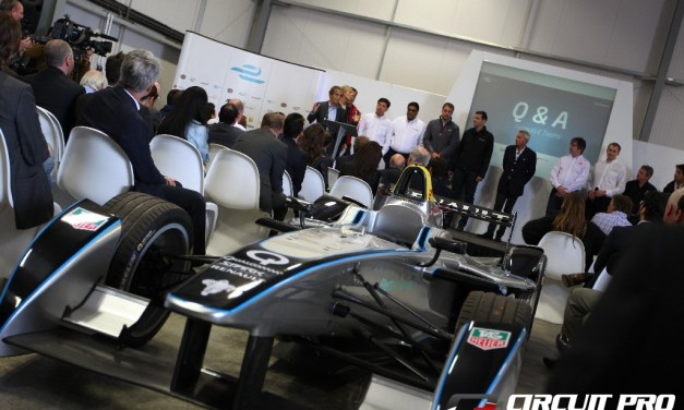 Formula E: Teams receive new fully electric Spark Renault SRT cars as new HQ facilities open at Donington