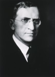 Portrait, Head and shoulders, right pose, full face.
