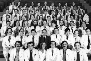 Black and white photograph of the Harvard Medical School Class of 1970.