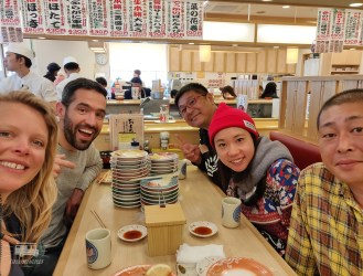Before leaving Hokkaido we also have a farewell -sushi- dinner with the TV-crew. After 2 months of recording it was time to say goodbye! Thank you for the good times and we are very curious for the result! (probably august on the National Television, we'll keep you posted)