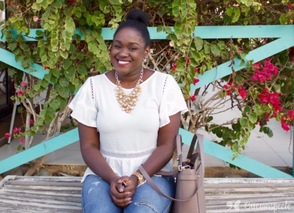 Senegal's Ndambaw Kama is an African Blogger You Should Know. How and why she started, her focus on Senegalities, tips and more.