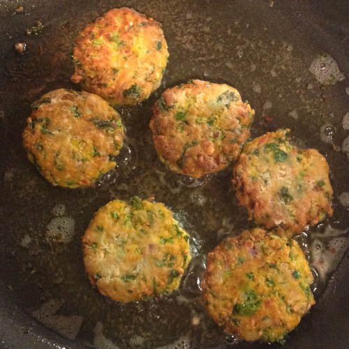 carrot fritters frying
