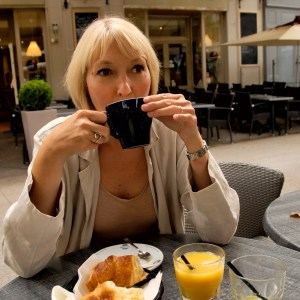 Sara petit dejeuner