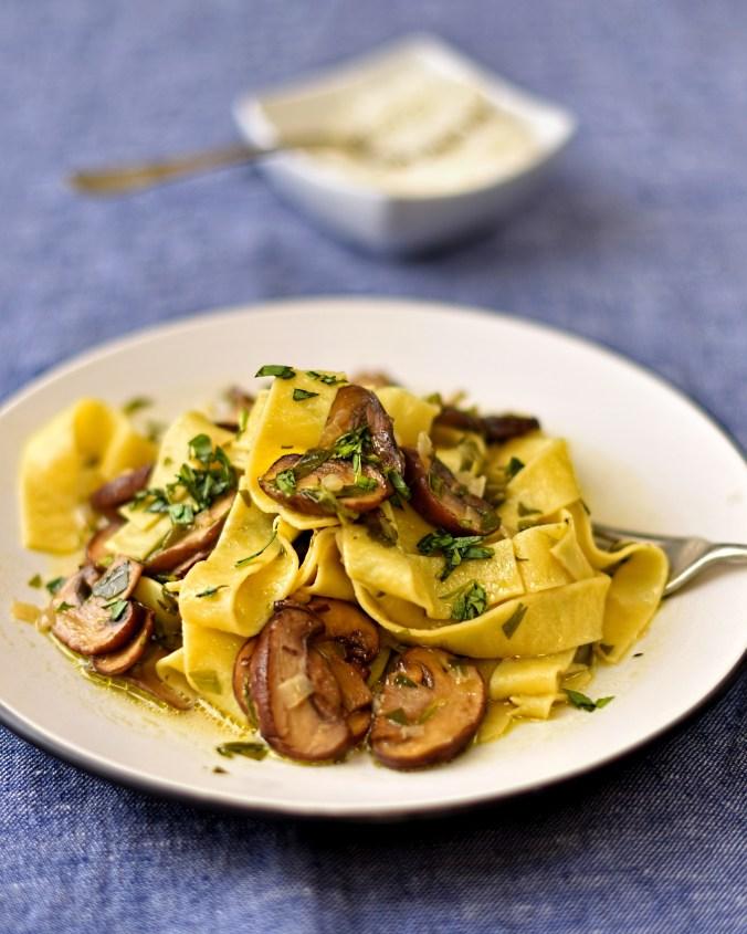 roast-mushroom-tagliatelle-with-tarragon-sauce