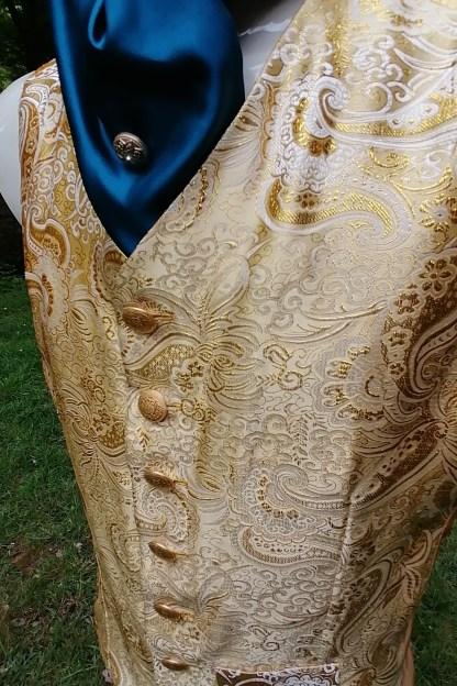Tailored Jacquard golden Vest, front-side