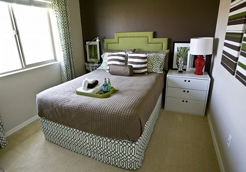 How To Arrange Bedroom Furniture In A Small Room